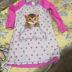 Girls nightshirt
